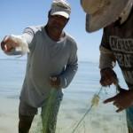 Pecheur au lancer - Ile  aux cocos - Rodrigues