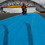 Eviter le scooter - Pont Dunlop -  24H du Mans