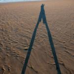 A pas de geant - Sur la plage des salins - St Jean de monts
