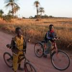 La piste vers l'ecole - Kassel - Senegal
