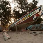 Pirogues a restaurer - Kafountine - Senegal