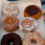Coupe faim donuts -Californie