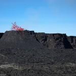 Bulles ecarlates - Eruption Piton de la Fournaise 2006 - La Reun
