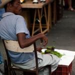 L'homme aux piments - Marche de St Paul - La Reunion