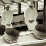 Deux plongeuses Ama sur un bateau - Japon