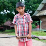 Enfant au fusil - Guyane