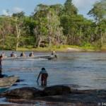 Pirogue patrouille militaire - Guyane