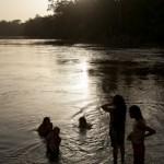 Bain du fleuve - Guyane