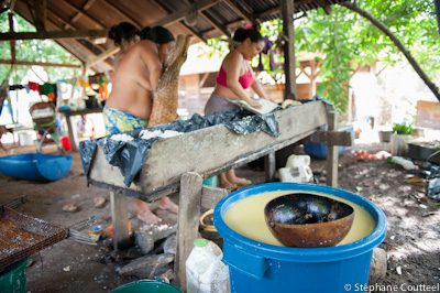 Preparation du manioc - Guyane