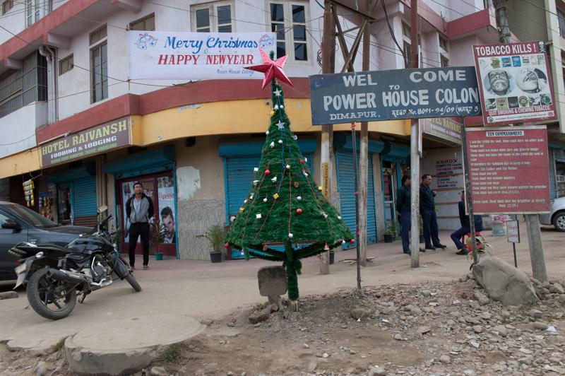 L'esprit de fête de Noël dans les rues de Dimapur